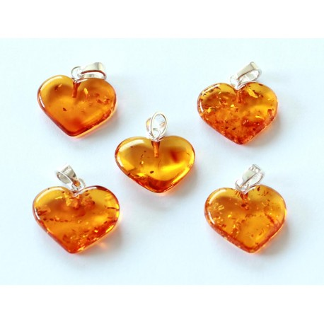 Amber pendants 5 items