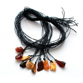 10 items Amber amulets
